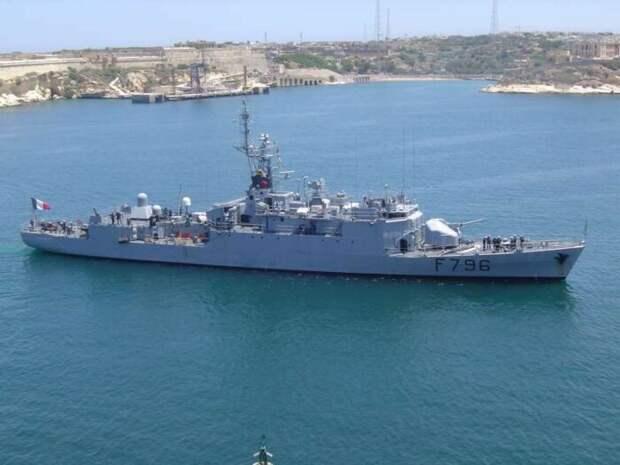 Франция направила боевой корабль кграницам РФ «для поддержки Украины»