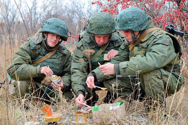 Современные сухие пайки: чем кормят солдата в разных странах