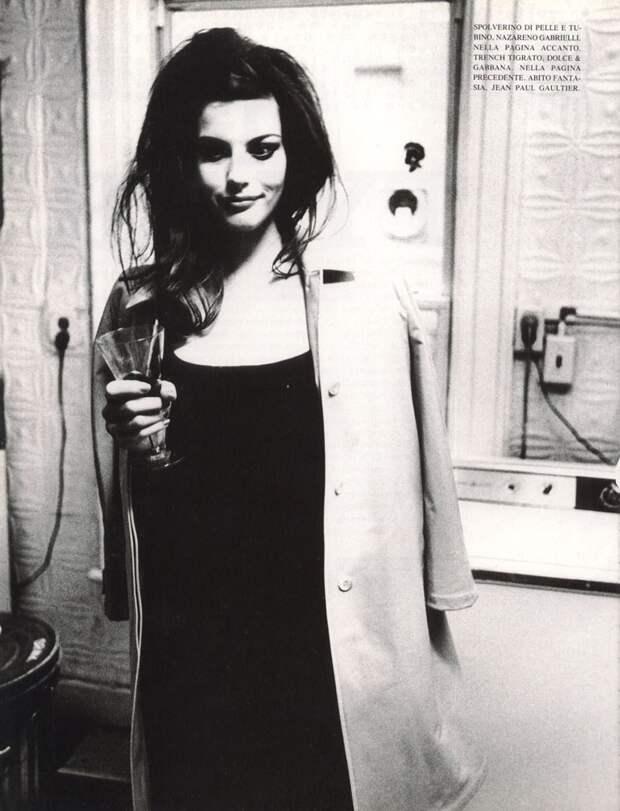 Лив Тайлер образца середины 90-ых. Когда принцесса эльфов носила имидж плохой девочки.