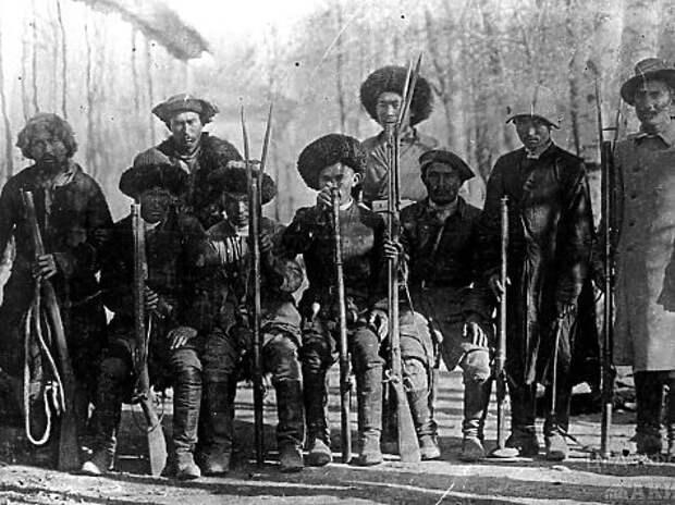 Участники восстания.
