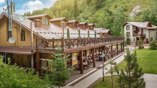 Лучший семейный курорт Oi-Qaragai возобновил деятельность