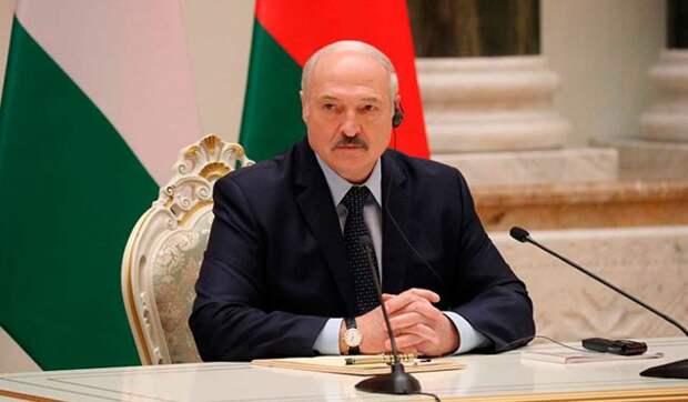 Политолог Ищенко: Лукашенко не знает, что делать с Белоруссией