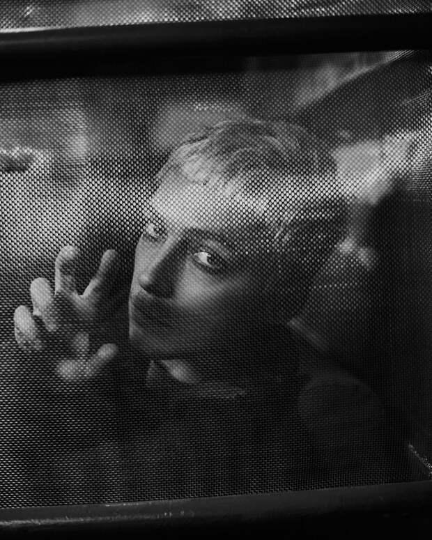 «Секс меня особо не интересует»: Александр Горчилин об отношениях, ипохондрии и отсутствии амбиций