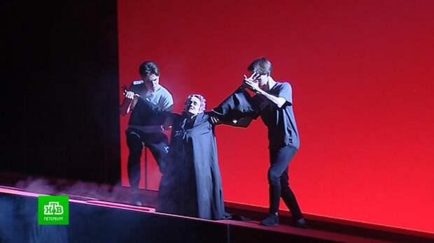 Молодежный театр на Фонтанке возвращает на сцену легендарную пьесу Булгакова