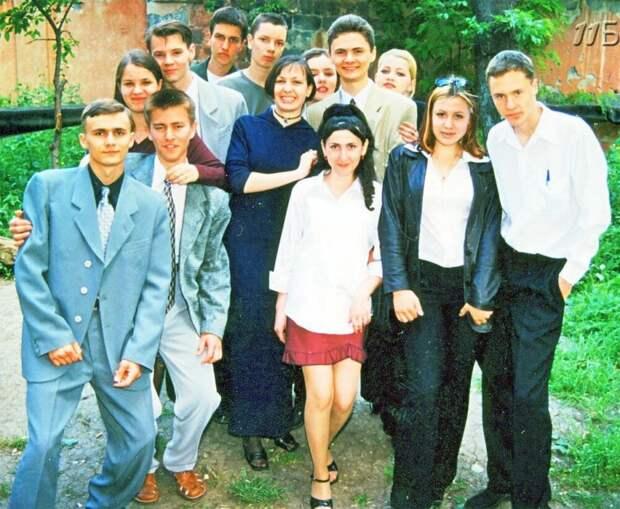 Выпускные вечера и выпускники 90-х: как это было