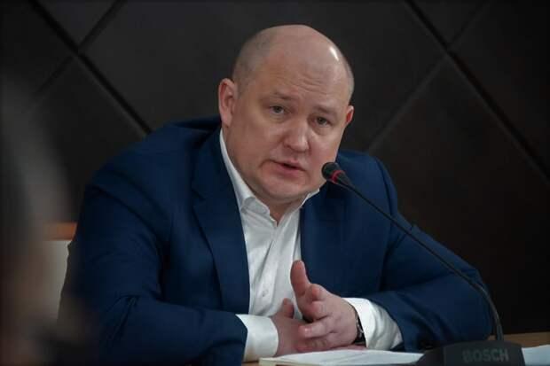 Новый губернатор Севастополя поставил на старых чиновников