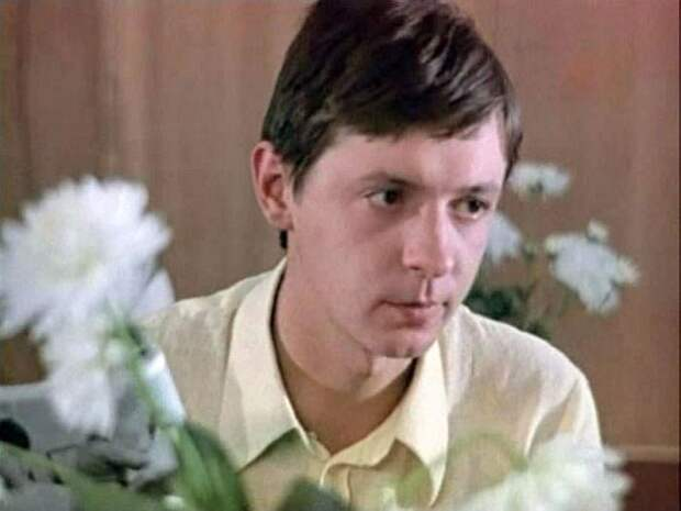 Кадр из фильма «Семейный круг». / Фото: www.kino-teatr.ru