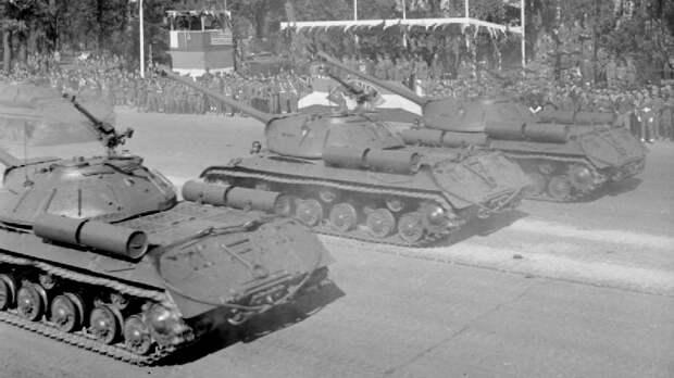 75 лет со дня проведения парада союзных войск в Берлине