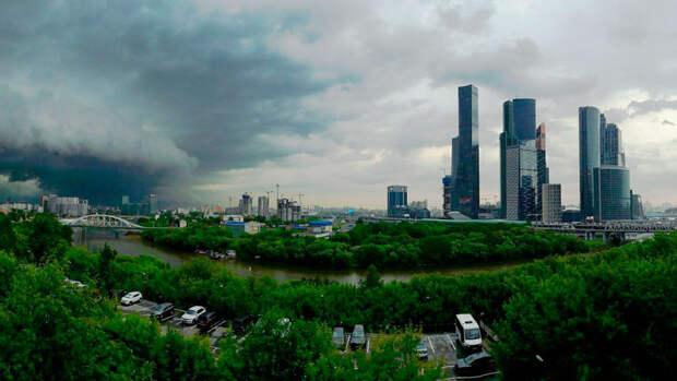 В Москве в четверг ожидается до +25°С и гроза