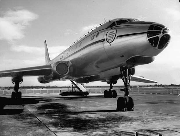 К 60-летию начала первых полетов с пассажирами Ту-104