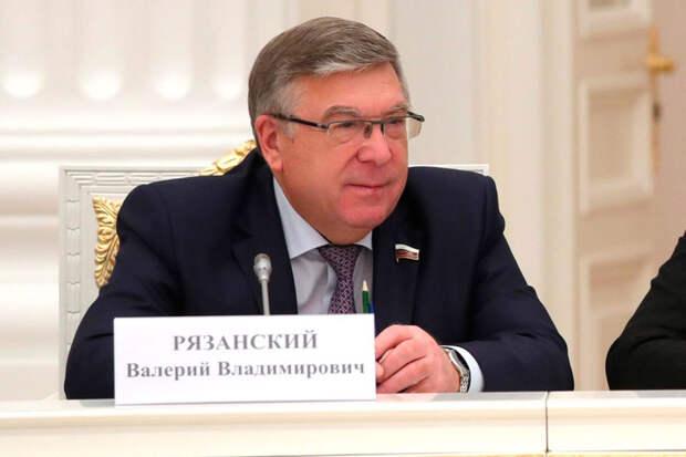 В Совфеде предложили увеличить минимальный размер алиментов в России