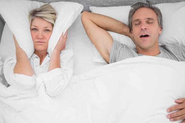 Тихий сон: три простых совета от экспертов сна, как справиться с храпом