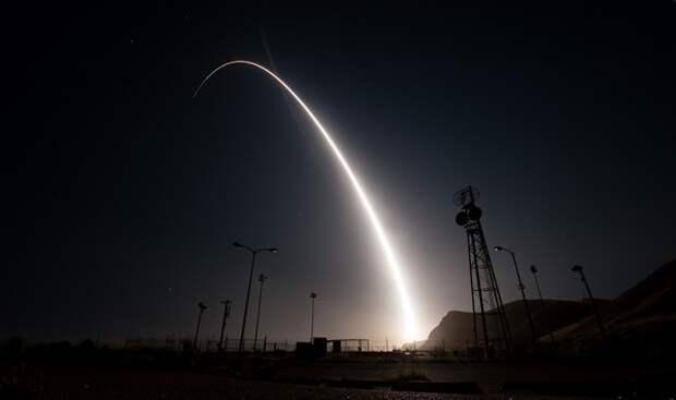 США испытали баллистическую ракету Minuteman III