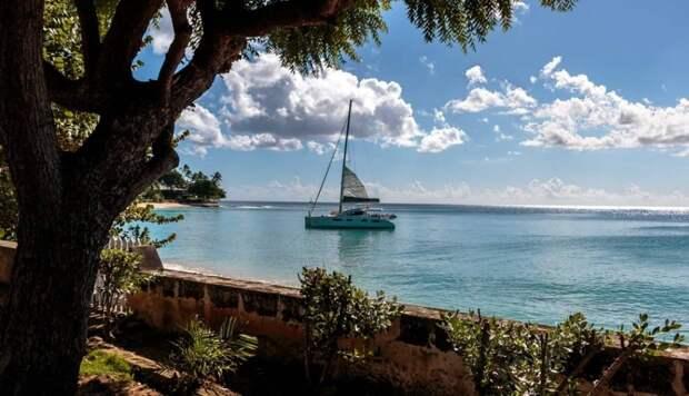 Генерал-губернатор Сандра Мейсон стала первым в истории Барбадоса президентом