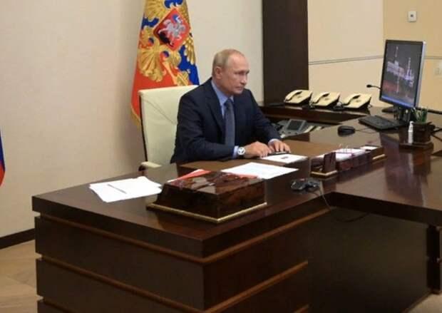 Путин обсудил с Совбезом задержание россиян в Белоруссии