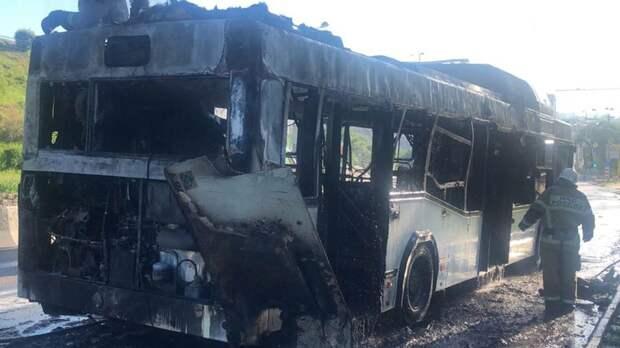 Перевозчик сгоревшего вРостове автобуса ранее попадался нанарушениях