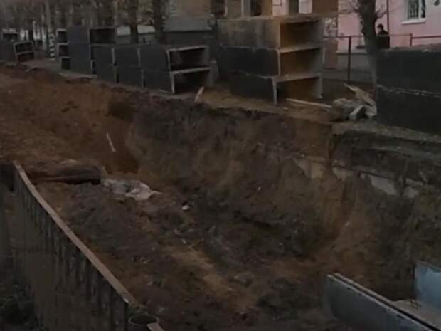 Общественница Савватеева проинспектировала работы ТГК-14 на аллее Горького