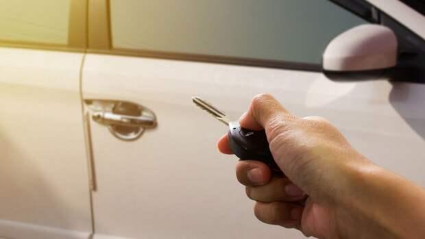"""Капельница может помочь автомобилисту остановить """"масложор"""" двигателя"""