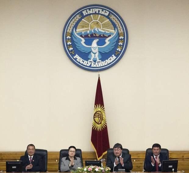 Жогорку Кенеш утвердил премьера Киргизии