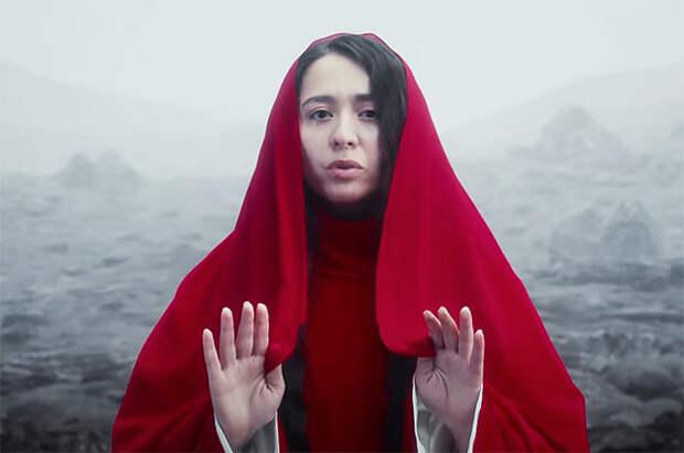 """""""Держи меня земля"""": певица Манижа выпустила новый клип перед своим выступлением в """"Евровидении"""""""