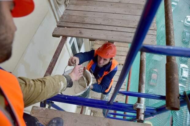 Если работа затягивается, обращайтесь в Фонд капремонта/Агентство «Москва»