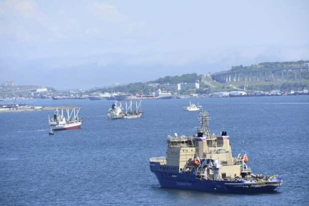 В Турции начнут строить канал в обход Босфора в июне