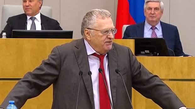 Жириновский призвал Зюганова не тянуть Грудинина в политику