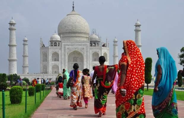 Более 2,6 тысяч сотрудников ВОЗ помогут Индии в борьбе с COVID-19