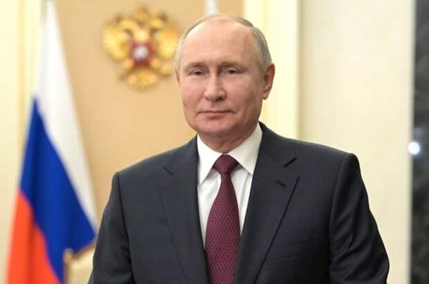 Путин поздравил участников юбилейного фестиваля Ночной хоккейной лиги