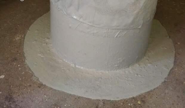 Большую дыру в мусоропроводе заделали в доме на Шоссе Энтузиастов