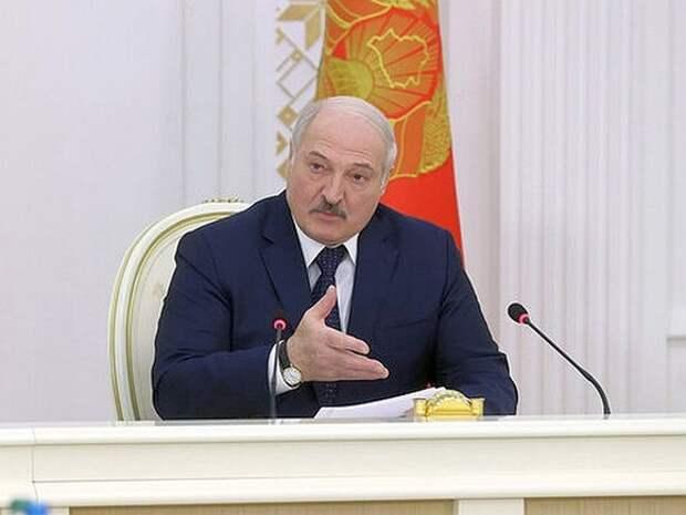 Лукашенко придумал, как Белоруссии не превратиться в «несостоявшееся государство»