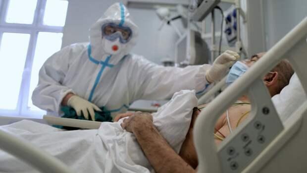 Оперштаб сообщил о 7704 новых случаях коронавируса в Москве