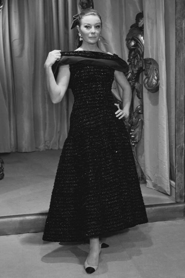 Беттина Грациани в платье Chanel, 1967