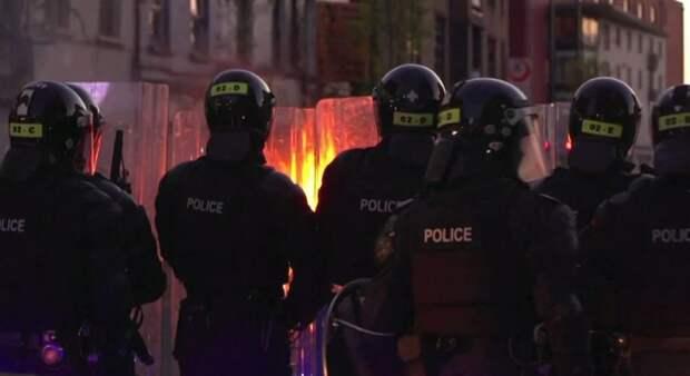 Поливали силовиков огнем – в Северной Ирландии не стихает восстание