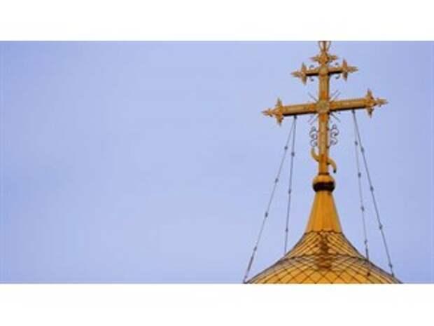 Дикая Украина: нацисты объявили войну православным храмам и бабушкам