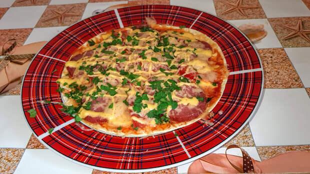 Пицца за 5 минут — рецепт с видео