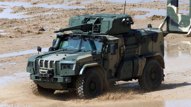 «Мобильность и ударные возможности»: чем уникален новый российский авиадесантируемый бронеавтомобиль «Тайфун-ВДВ»