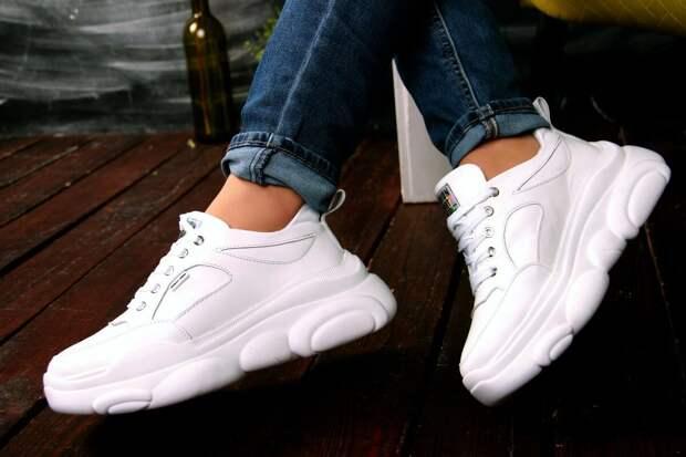Стильные кроссовки, на которые стоит обратить внимание в предстоящем сезоне
