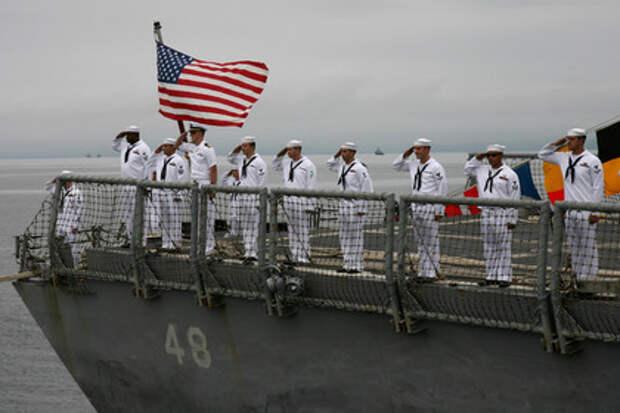 Американский флот может пойти ко дну из-за лишнего веса моряков
