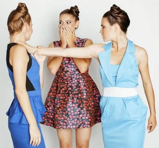 Почему женщины враждебны к другим женщинам