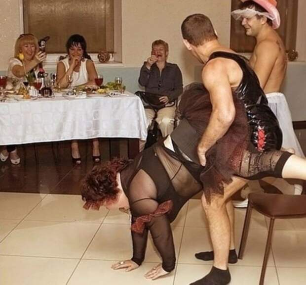Самые «отвязные» конкурсы на свадьбе: 25 фото, за которые всем стыдно