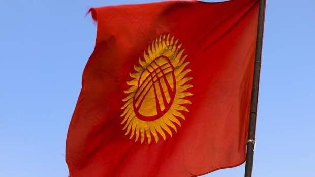 """""""Русские - люди третьего сорта"""": Журналистка побывала в митингующей Киргизии"""