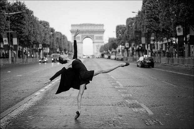 Балерины на улицах города