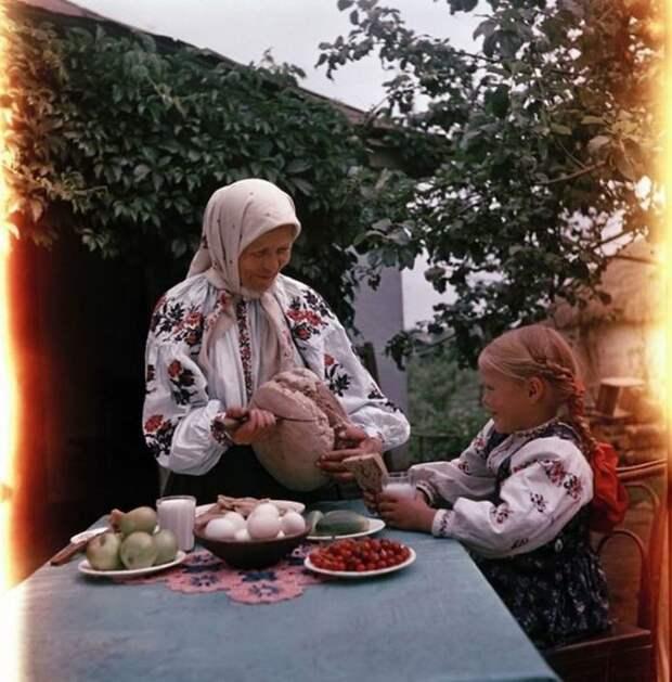 Деревенский завтрак, Украина 50-е, СССР, история, моменты, повседневная жизнь, редкие фото, советский союз, фото