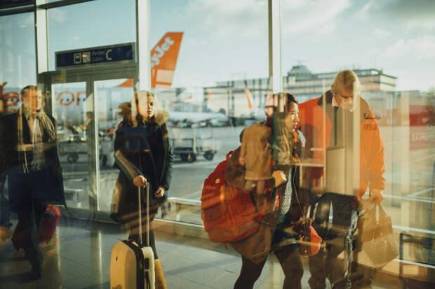 Авиаэксперт объяснил, из-за чего в России могут приостановить работу аэропортов