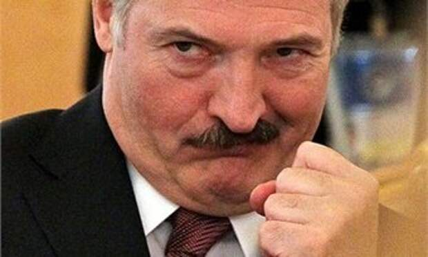 "Лукашенко хочет ""набить морду"" мэру Риги"