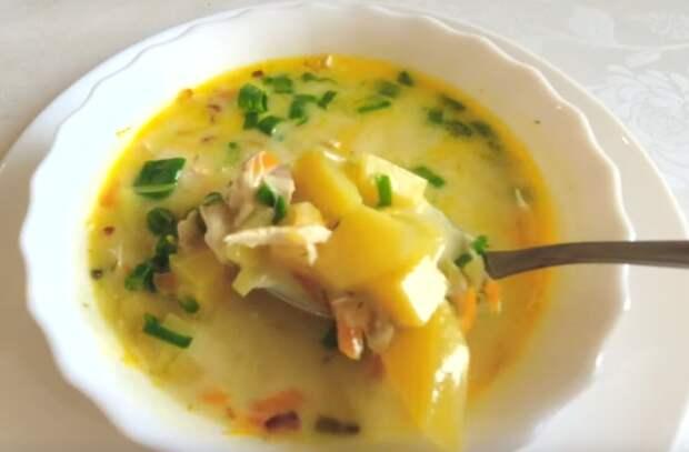 Аппетитный сырный суп на скорую руку