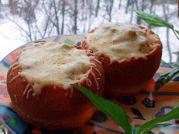 Грибной жульен в булочке
