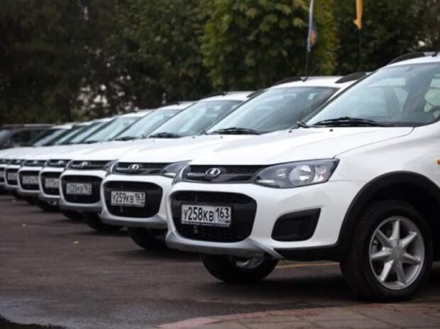Обеспеченность в России автомобилями в 2 раза выше средней в мире