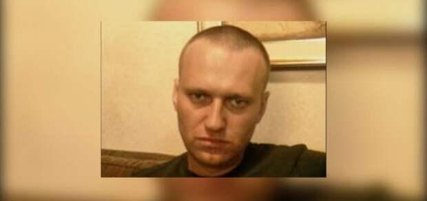 Навальный на тюремном курорте – чифирь в чашечке и сопли в Твиттере